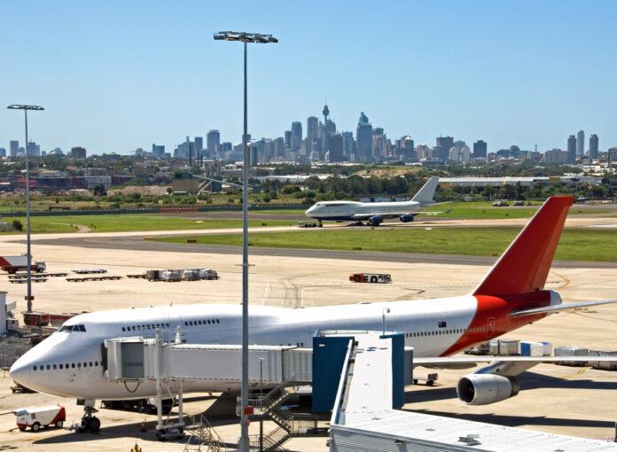 Kingsford-Smith-Airport-Sydney-Skyline