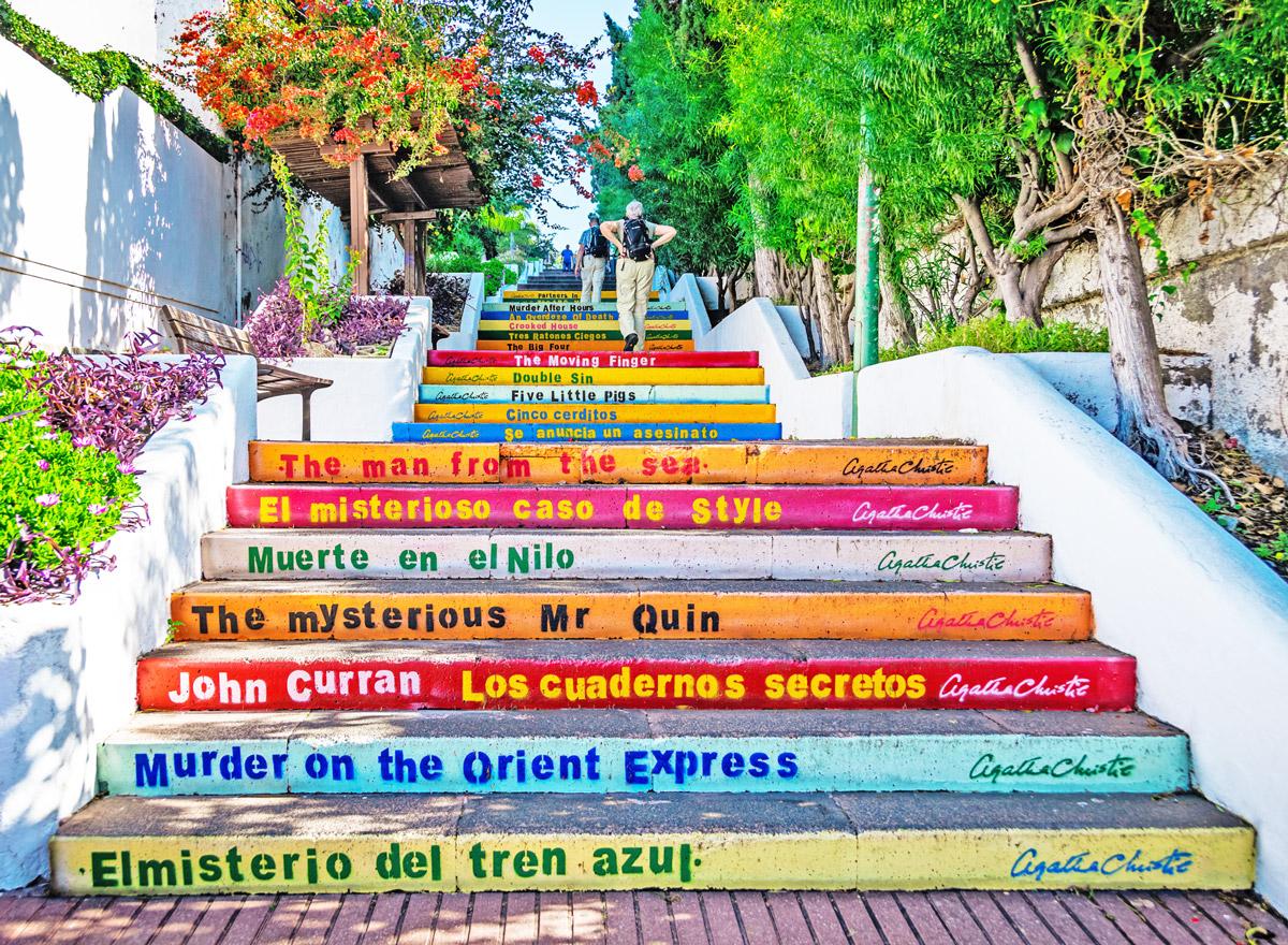 Kanarische Inseln: Die Bunte Treppe in Puerto De La Cruz auf Teneriffa ist ein Hingucker
