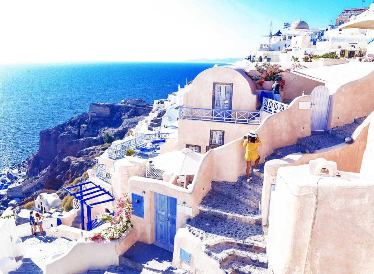 Die griechische Insel Santorini bietet eine tolle Kulisse