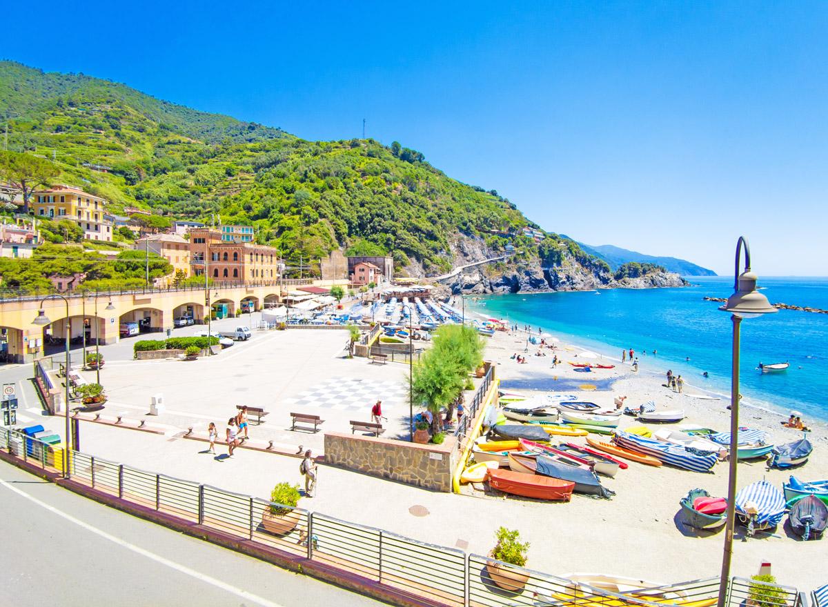 Der erste Ort von Cinque Terre ist Monterosso al Mare