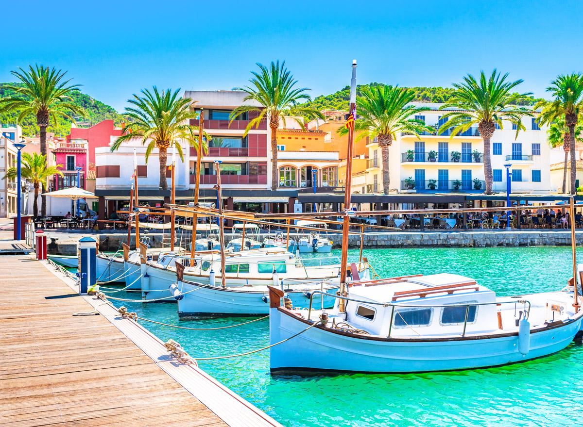 Der Hafen Port de Andratx auf Mallorca ist toll für Groß und Klein